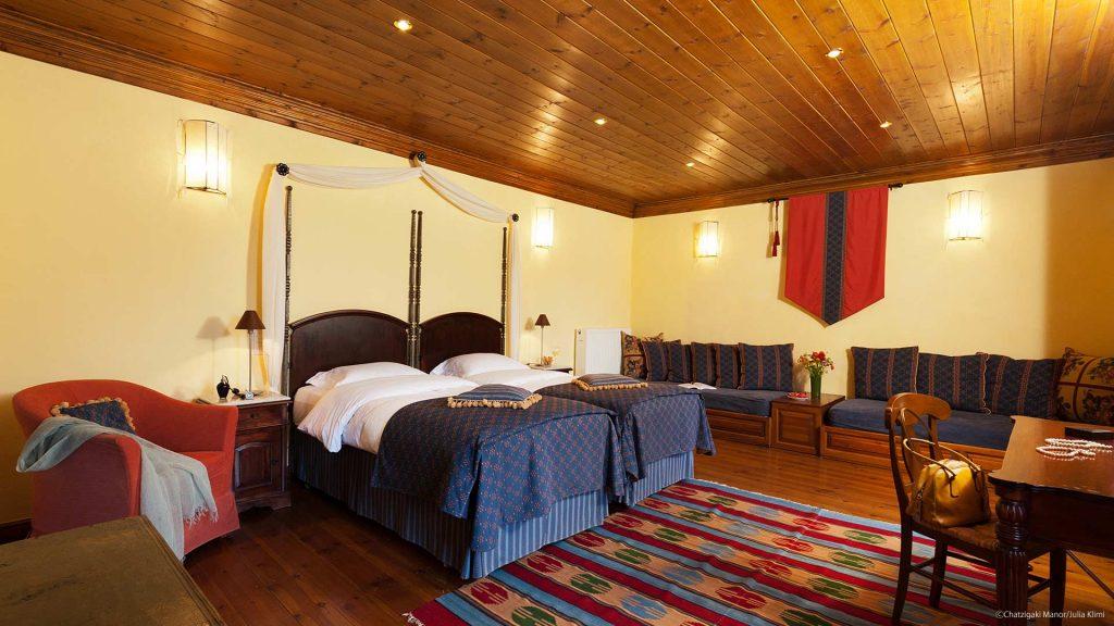 Deluxe δωμάτιο Ξενοδεοχείο Αρχοντικό Χατζηγάκη, Περτούλι