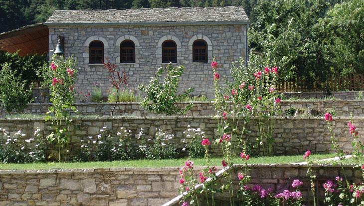 Το εκκλησάκι στο Αρχοντικό Χατζηγάκη για γάμο και βάπτιση