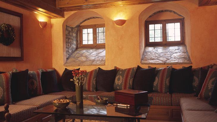 Μικρό σαλόνι του ξενοδοχείου Αρχοντικό Χατζηγάκη